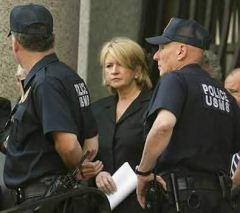 martha-stewart-jail-criminal